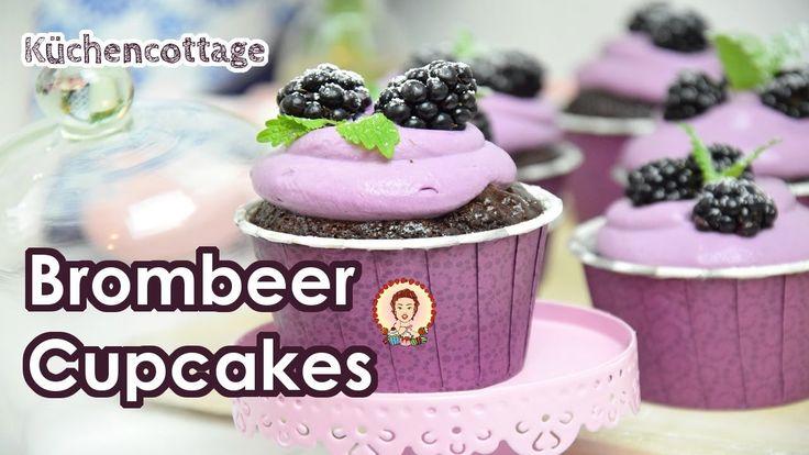 Brombeer Cupcakes | Rezept Tutorial Anleitung | Sommersaison | Küchencottage  www.kuechencottage.de  #cupcakes #muffins #brombeer #brombeercupcakes #backen #foodporn #Rezept #Rezeptideen #Backideen #Video #YouTube #Tutorial #Anleitung #Kuchen #cake
