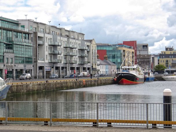 More photos at http://www.galwayphotographssite.com  #photographs #Galway #galwayphotographs #irishphotographs