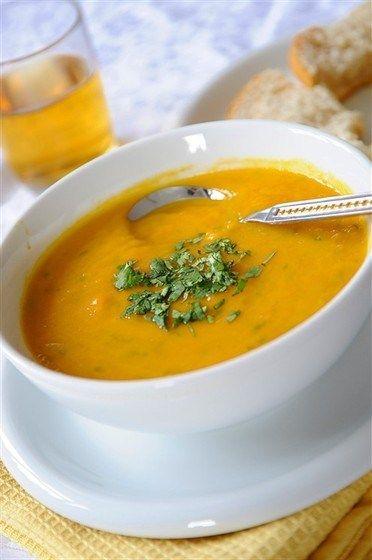 Lentil soup with vermicelli