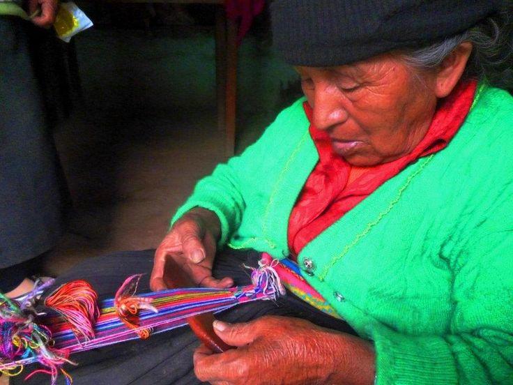 telar de cintura en Molinos Huanuco Perú