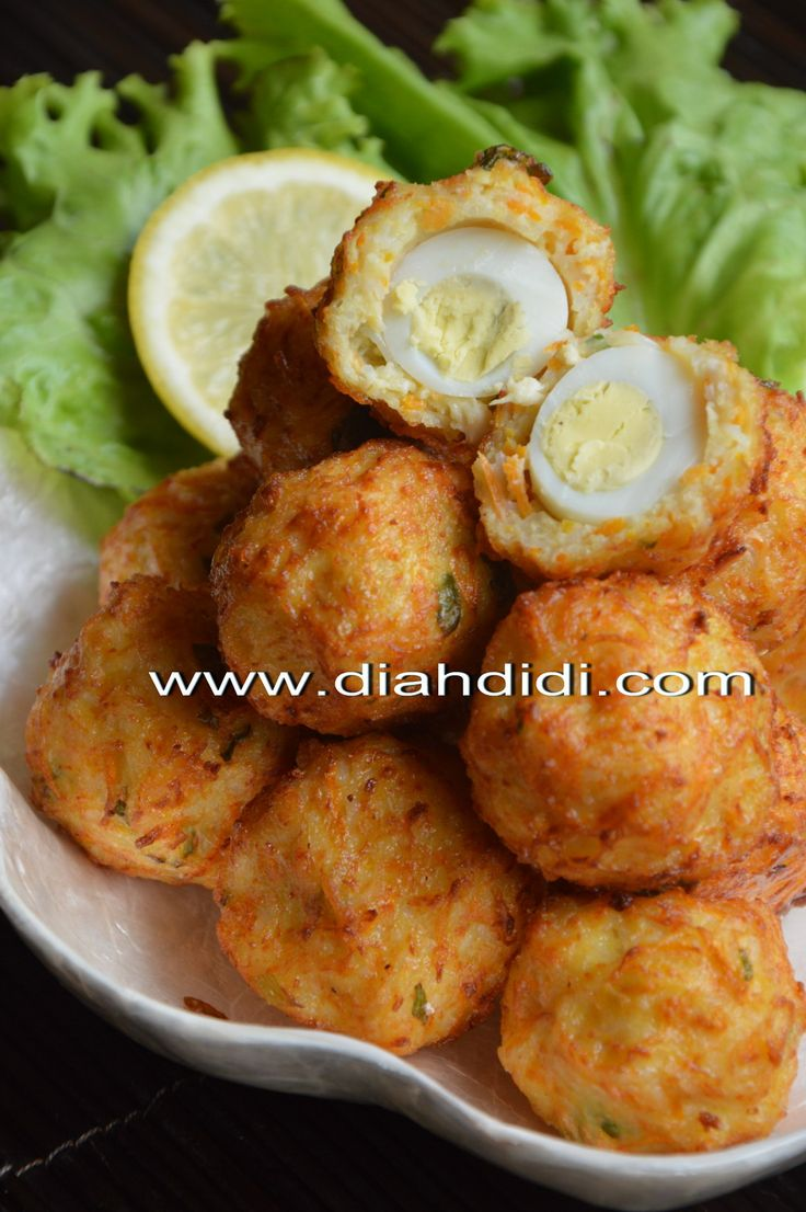 Diah Didi's Kitchen: Bakso Goreng Ayam Dan Bihun Isi Telur Puyuh