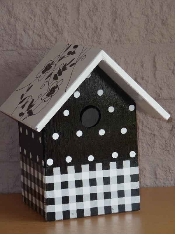 zwartwit vogelhuis