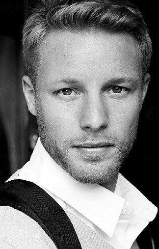 Arne - blonde Haare - grüne Augen - Greens Modelagentur