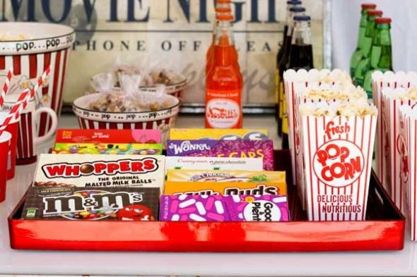 DIY Concession Stand for Movie Night Parties is as simple as racing the dollar store! #summer #movienight