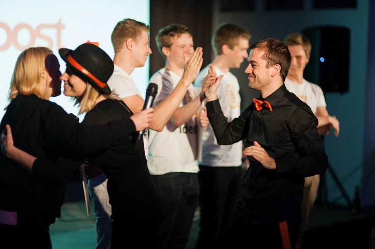 Giving high fives to Fellow Games for winning the best pitch!
