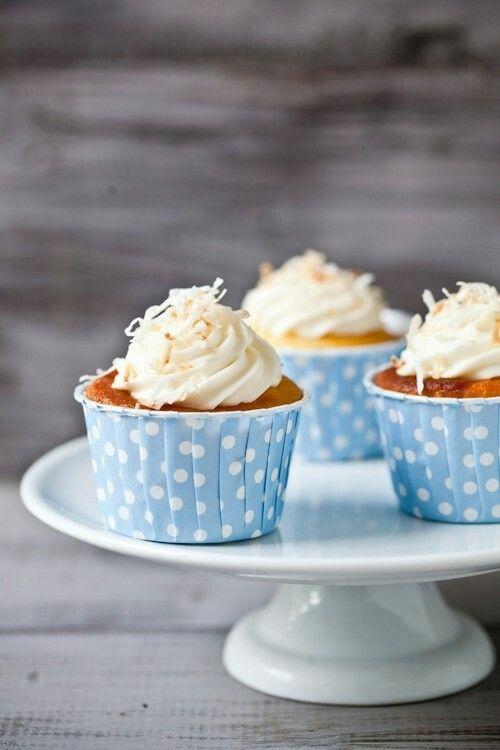 Honeysuckle Jasmine Cupcakes