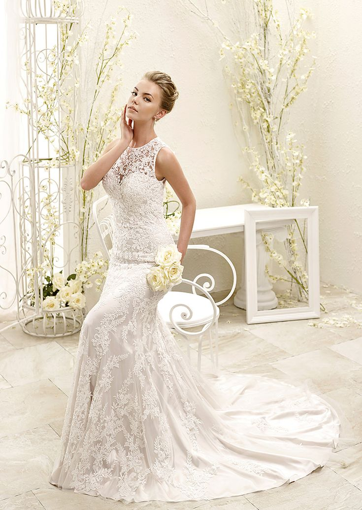 ADK Style 77961  Fabric: Soft tulle / Venice beaded appliqués