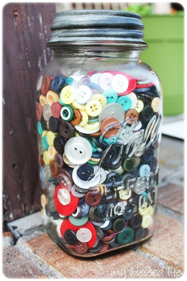 i inherited all of my grandmothers button jars just like this :)
