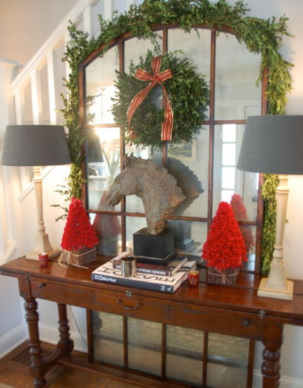 17 best ideas about christmas entryway on pinterest for Foyer christmas decorating ideas