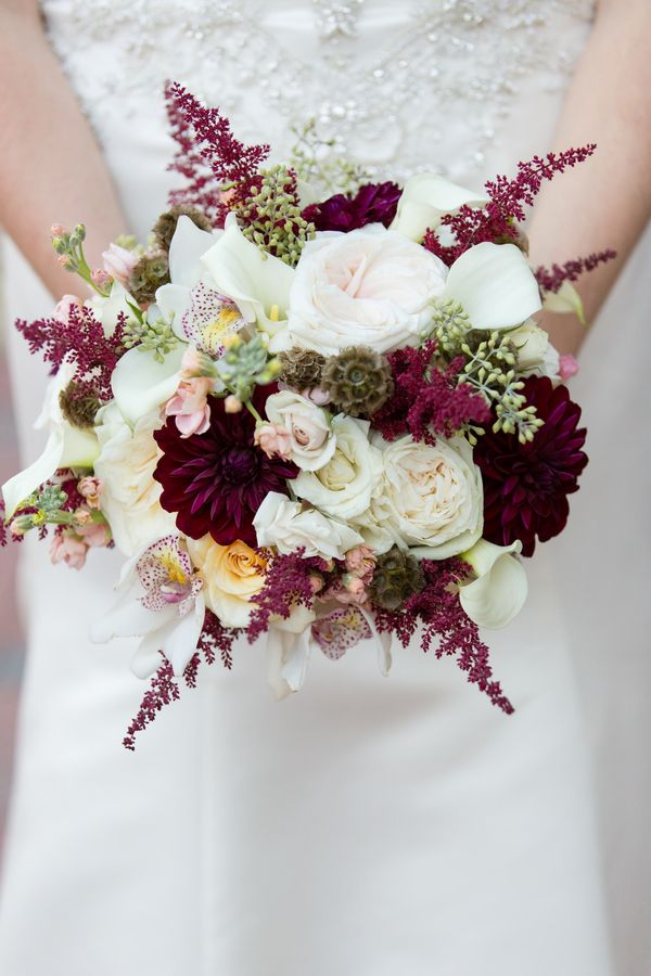Mel: I like the colors of this bouquet. Not so sure about the pointy bits though.