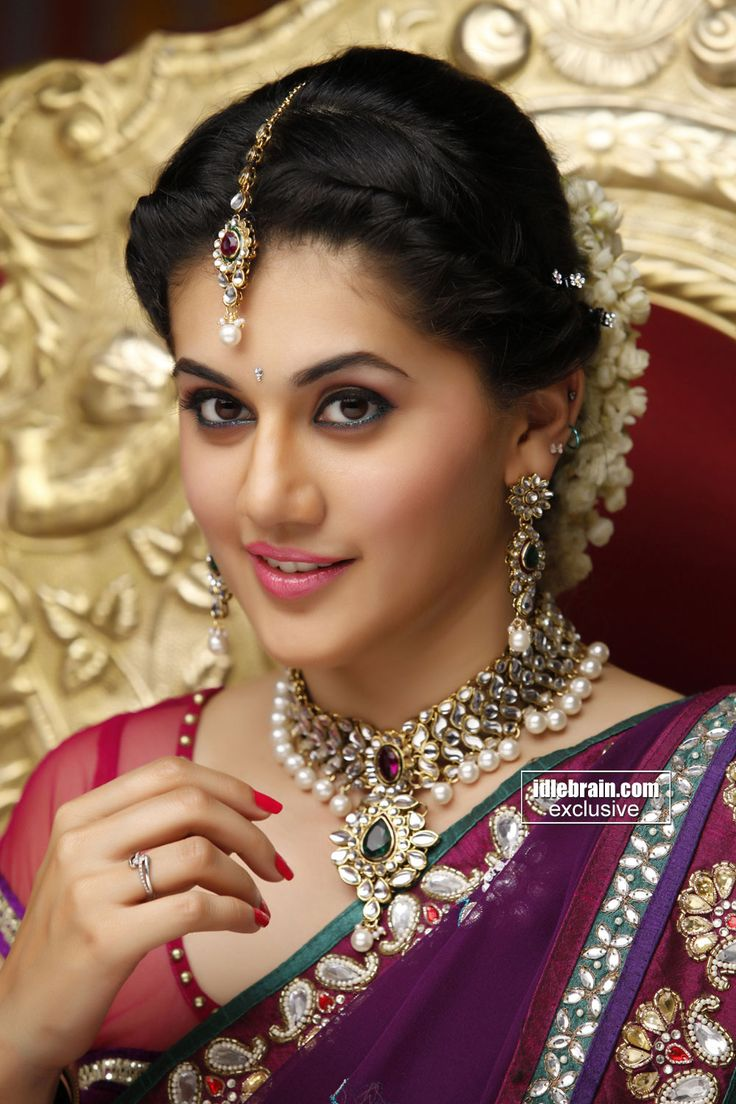 Tapsee Pannu in traditional look