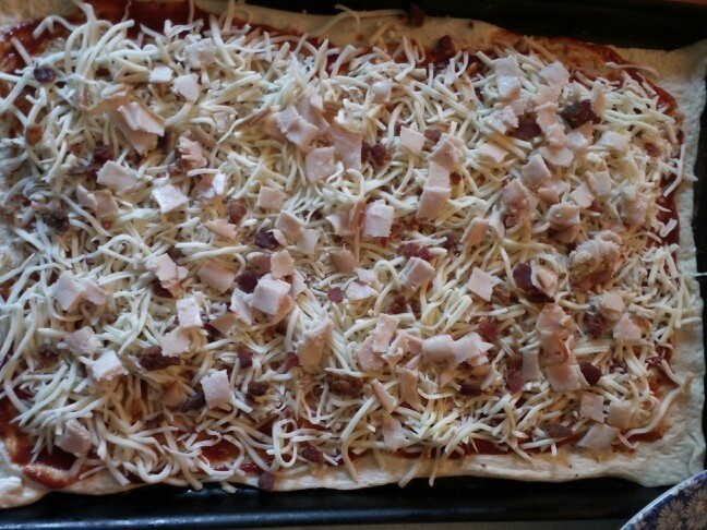 Bacon, Cheese, and Turkey Homeade Pizza Yum!! Delicious: Homeade Pizza, Pizza Yum, Pizza Pies