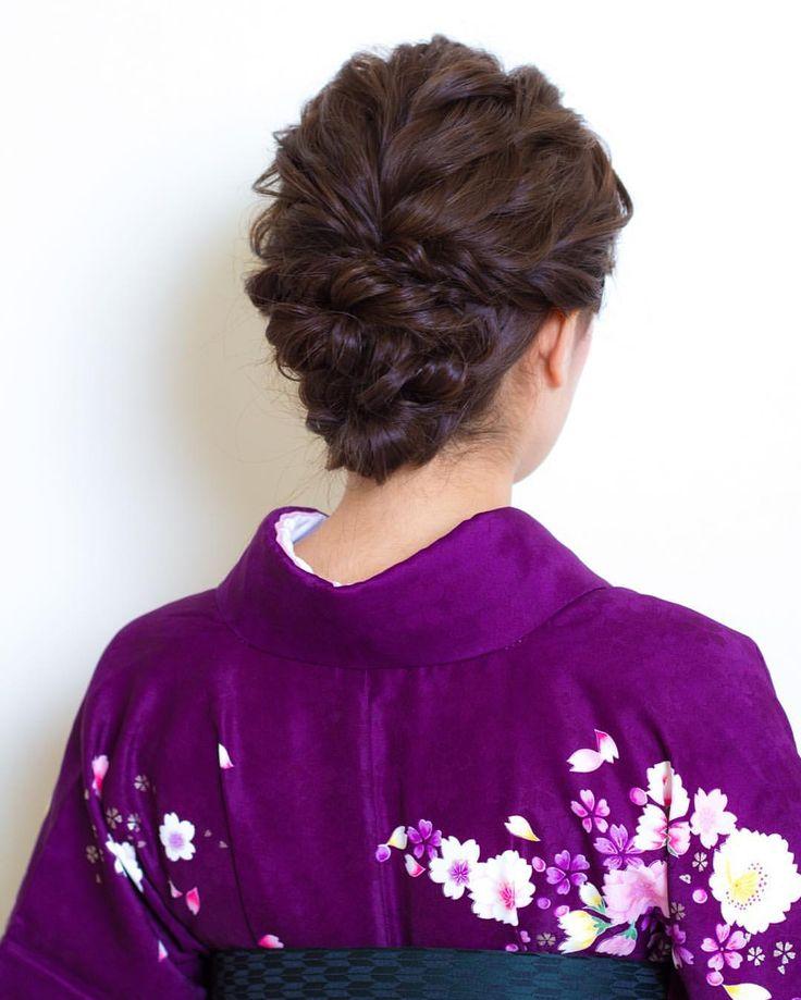 tatsuya kitagawaさんはInstagramを利用しています:「today's hair style☆ 編み込みのように見えますが、ツイストで作ってます☆ 和装や袴でのアップスタイル 洋装でも使えるルーズスタイルです . 衣裳協力 @bphotoworks @shimazu.5160 ありがとうございました。 #ヘアセット #セット #ヘアアレンジ #アップスタイル #ツイスト #編み込み #ねじねじ #ヘアアクセサリー #シンプル #和装 #卒業式 #袴 #結婚式 #ルーズ #フェミニン #ブライダル #パーティー #二次会 #ファッション #メイク #ありがとう #京都 #京都駅前 #美容室 #t2style #love #hairset #courarir #courarirkyotoekimae #kyoto」