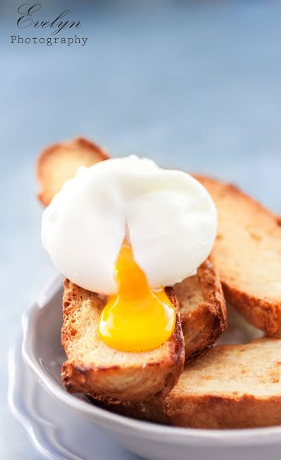 kitchen drama  |  food photography: Poached Eggs on Toast