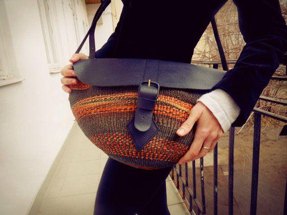 Leather sisal bag woven straw bagVintage by TaylorGirlsShop