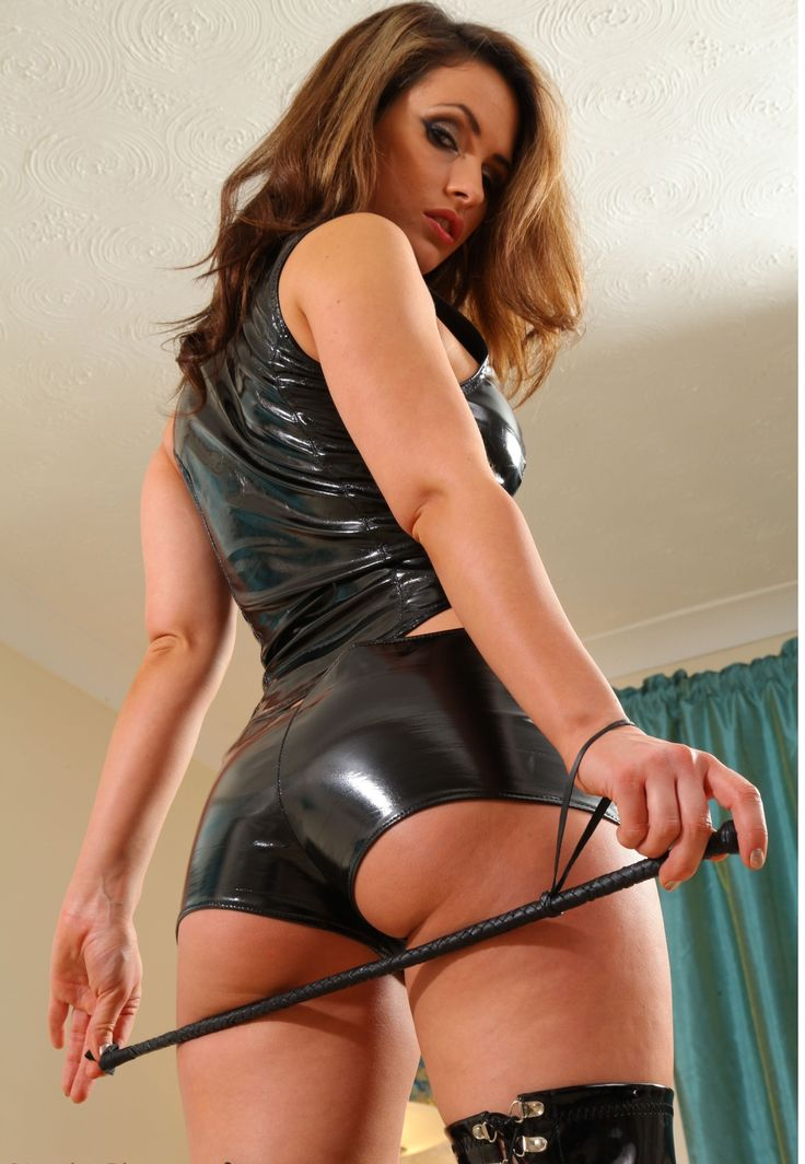 dominatrix that is naked