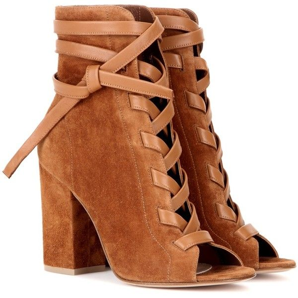 Gianvito Rossi Brooklyn Suede Ankle Boots ($1,170) ❤ liked on Polyvore featuring shoes, boots, ankle booties, heels, ankle boots, sapatos, brown, suede ankle boots, brown boots and suede booties
