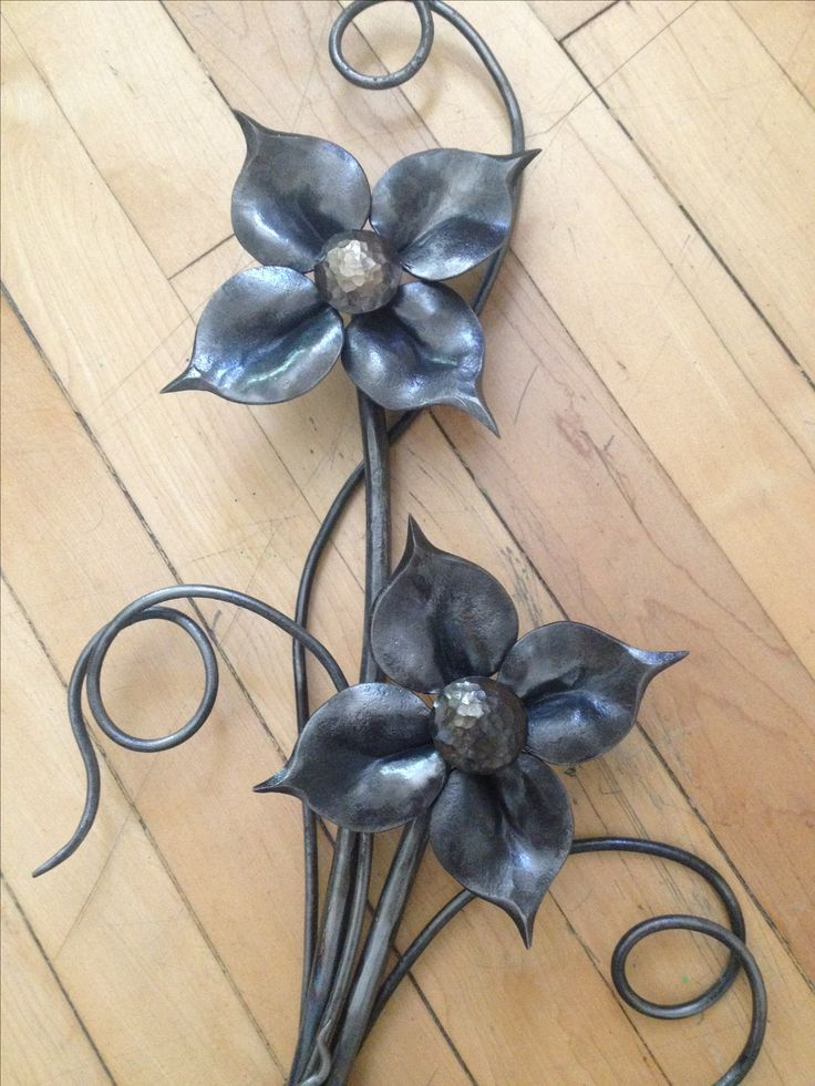 Forged Floral Wall Hanging - Mild Steel  Chris Spilak - Artfullycrooked, Winnipeg, MB.