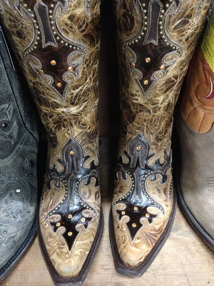 1000  images about Cowgirl boots on Pinterest | Western boots Tin