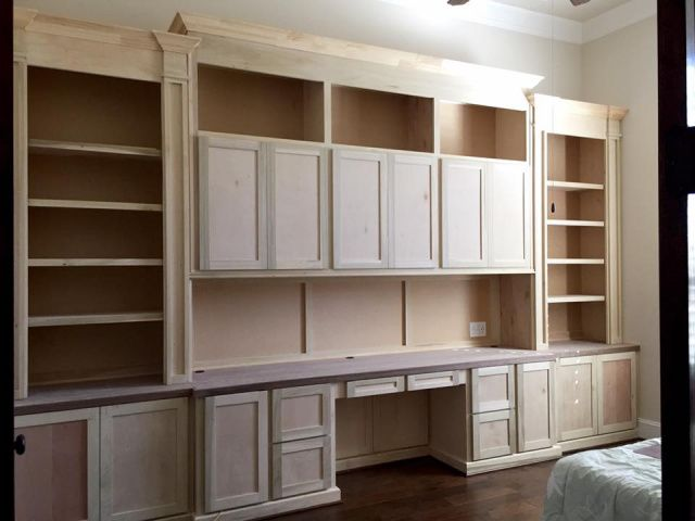 Custom, computer desk, home office, remodeling, remodel, cabinets, Spring, The Woodlands, Houston, Conroe, Tomball, Magnolia, Cypress, Kingwood, Humble, Sugarland, Texas, tx custom-wood-creations.com CWCbyJohn@gmail.com