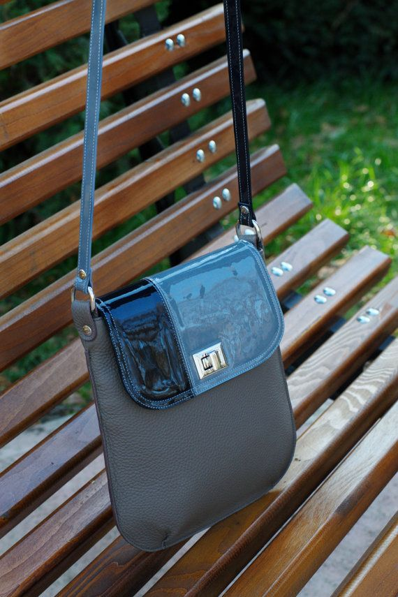 LEATHER HANDMADE BAG/Handbag/Shoulder Bag/Bandoleer by CORYSBAGS