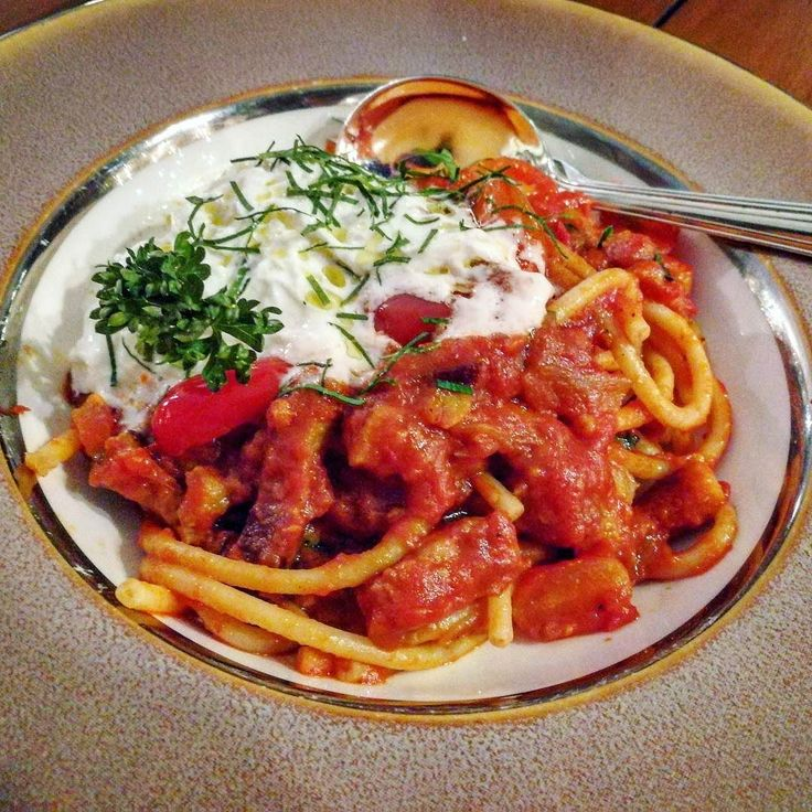 Aldente Bucatini pasta with guanciale ham top up with creamy milky caciocalvallo cheese  at #MandarinOriental #CiaoTerrazza  พาสตา บคาตน กวนซแอลแฮม ราดดวยชส คาซโอคาลวาลโล อรอยเขากนกบซอสมะเขอเทศ  ท รร.แมนดารน โอเรยนเตล หองอาหารชาว เทอเรสซา   #pasta #pastas #意大利面 #파스타 #パスタ