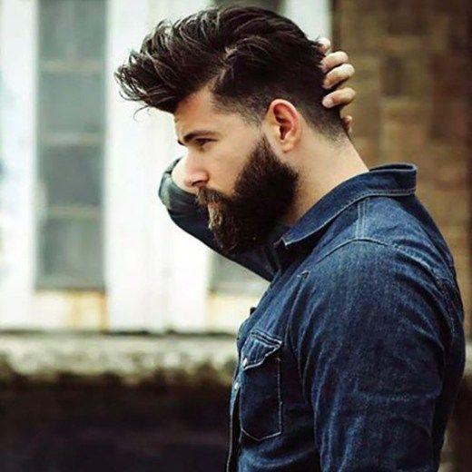 Ultimamente parece que todo homem entrou na onda de deixar crescer um barba volumosa e fazer um corte de cabelo radical, com laterais curtas, um topetão e muito produto para ajudar a estilizá-lo. Mas só com boa vontade você não vai conseguir um bom resultado, o combo barba + cabelo tem que funcionar bem e existe um equilíbrio entre os dois que garante o bom resultado (falaremos disso no futuro). Esta galeria de fotos mostra alguns exemplos que deram certo: Obs: É importante lembrar que se…