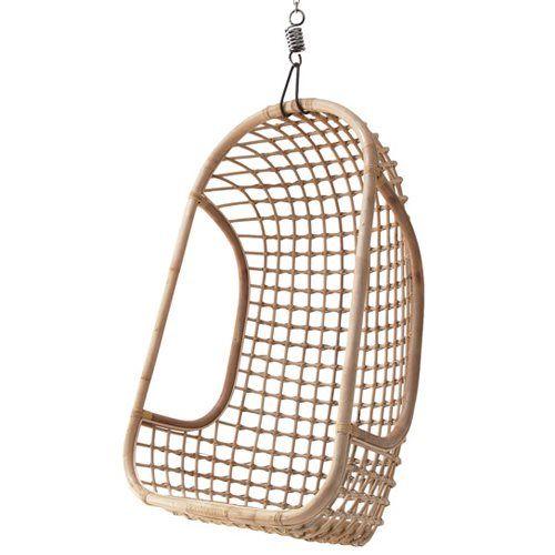 Met de rieten hangstoel van HKliving creëer je een heerlijke loungeplek voor in huis. Leg er een paar vrolijk gekleurde kussens en/of een plaid in en je kunt lekker relaxen en heen en weer wiegen. Fantastisch in bijvoorbeeld de woon- of kinderkamer!