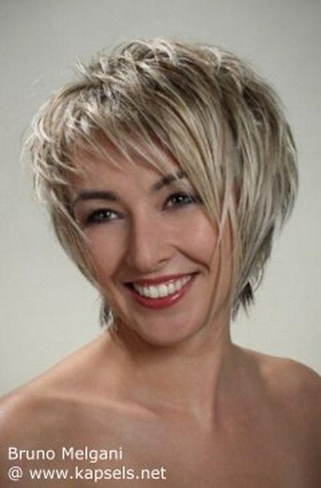Moderne kapsels voor grijs haar