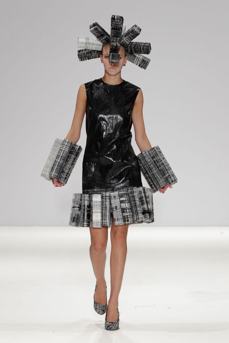 Hellen van Rees SS13 look 10 #SS13 #hellenvanrees #fashion