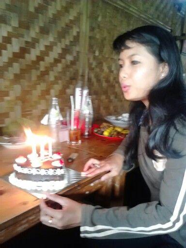 Happy Birthday, lets make a wish..