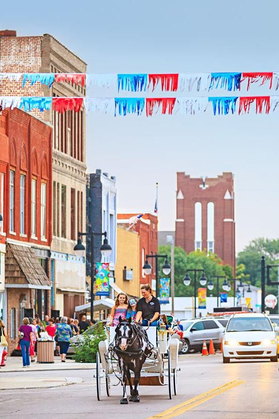 Restored architecture, interesting dining and a burgeoning arts community fill a weekend in Kansas' capital.