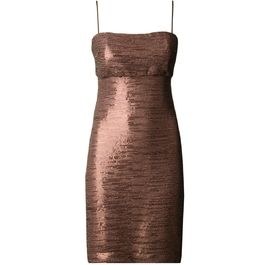 Vestido glossê dourado #moda #fashion #trend #tendencia #vestido #dress #desconto #sale #outlet #promocao #capitollium #bestdeal #primaver #spring #verao #social #lindo #beautiful