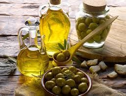 To Λάδι και συγκεκριμένα το Ελαιόλαδο, αποτελεί μοναδική πηγή διατροφής των λαών της Μεσογείου από Αρχαιοτάτων χρόνων. http://terrapura.gr/?p=17856&lang=el #Terrapura #HighQualityGoods #GreekHeritageProducts