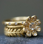 Love the leaf flower ring