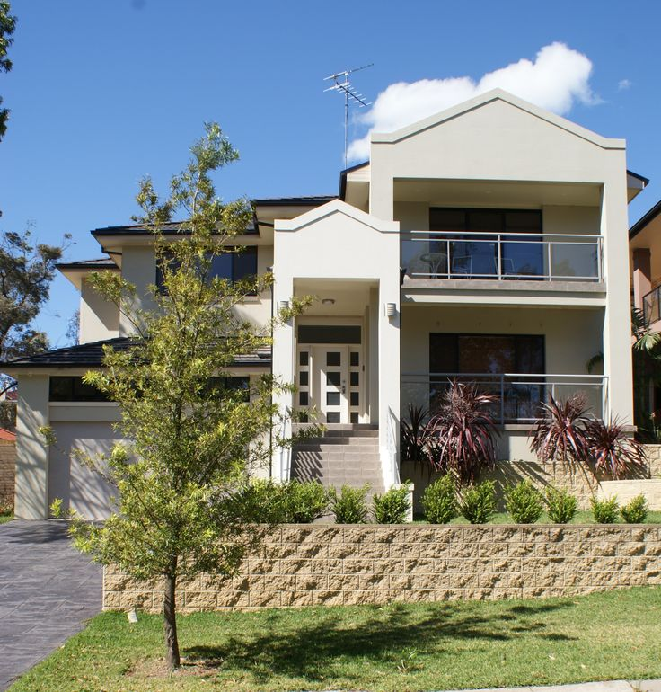 Glenmore Park:-   The new home includes; 5 bedrooms, 3 bathrooms, study, 2 living rooms, kitchen, double lock up garage and balcony. Price Range  $450,000 to $500,000