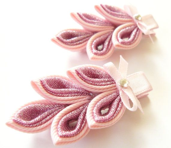 Kanzashi hair clip. Set of 2 hair clips. Pink Kanzashi leaf.