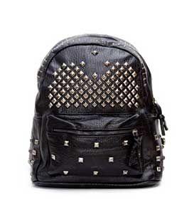 Τσάντα πλάτης μαύρη με τρουκς 25,00€