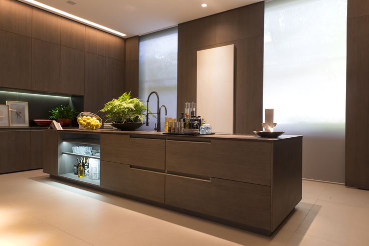 Sometimes, the simplest and most sober designs are best. Like the one of this modern kitchen with Dekton Keranium countertop. Photo credits: Salvador Cordaro for Casa Cor 2016 #homedecor #interiordesign