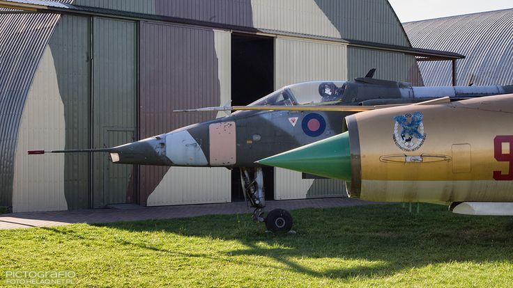 Locozoom: Jaguar GR.1 & MiG-21MF