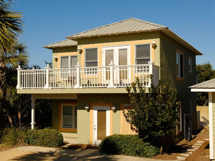 """""""Weekend at Bernies Cottage"""" at Kiva Dunes features spectacular views of the Gulf of Mexico and Kiva Dunes Golf Course. It can be rented separately or with the larger main house, making it ideal for groups of all sizes. 