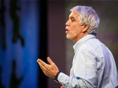 Enrique Peñalosa: Why buses represent democracy in action by ted.com #Democracy #Enriqiue_Peñalosa