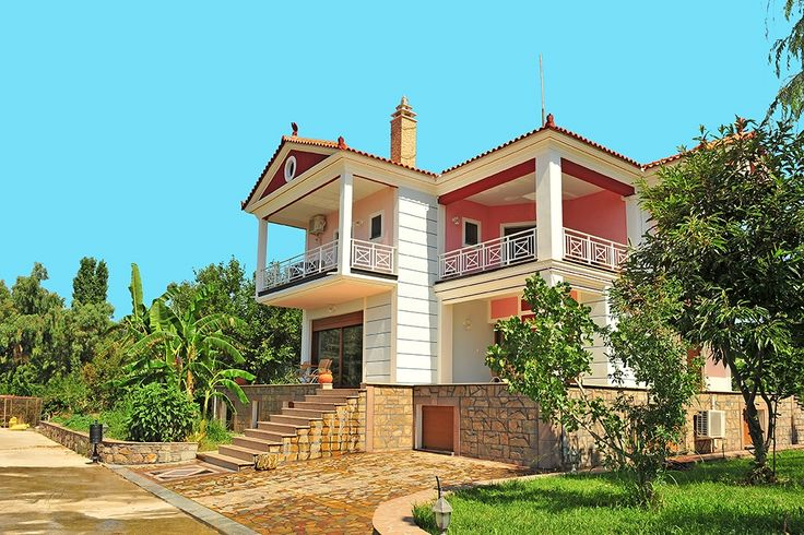 Description: Fantastische vakantievilla met zwembad. Rust ruimte en direct aan zee voor een heerlijke vakantie op Lesbos. Sfeervolle villa aan het strand van Kalloni Wát een mooie villa! En dan die omgeving! Uitgestrekt rustig en weelderig. Dit is helemaal af. Kalloni Villa is de woning het dichtst bij zee op het kleinschalige appartementencomplex Kalloni Village. Dat betekent dat je het comfort van een groot huis hebt in combinatie met veel faciliteiten zoals de 6 (!) zwembaden enhet…