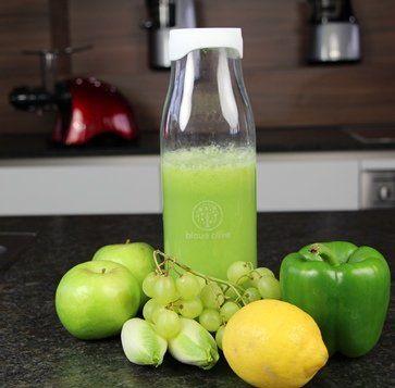 Zutaten:     100g Chicoree  1 Stück Zitrone  2 Stück Apfel  1 Rebe Weintrauben  2 Stück Paprika  SHAPE   \* MERGEFORMAT...