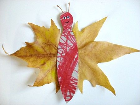 Fall butterfly craft - easy and quick. Perfect for those leaves the three year old I work with always wants to keep :)
