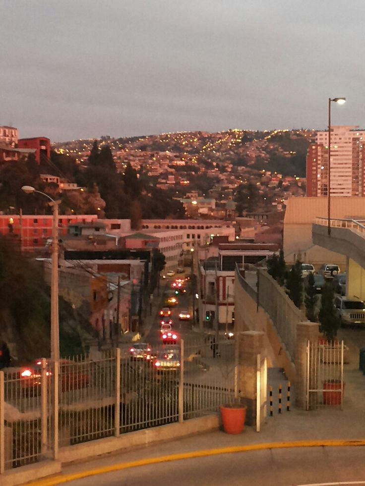 Desde cerro Barón, ciudad Valparaíso, Chile