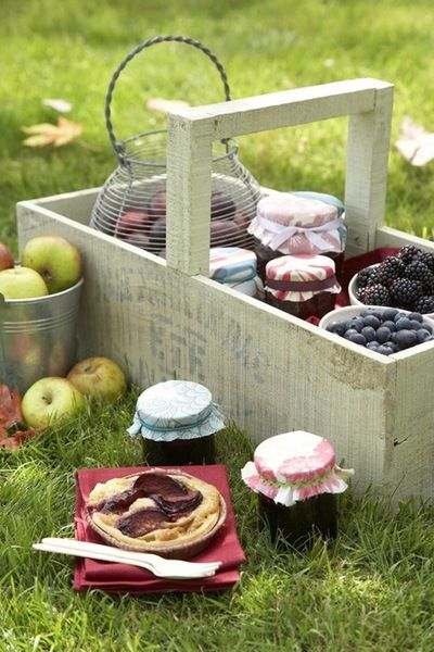 A rustic-esque wooden holder thingy will also hold food and act to style picnic