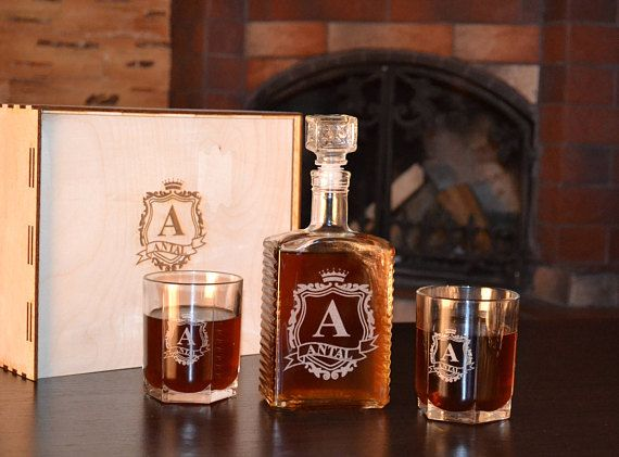 Whiskey Decanter Set With Box Groomsmen Gift Custom Decanter Etsy Whiskey Decanter Set Whiskey Decanter Decanter Set