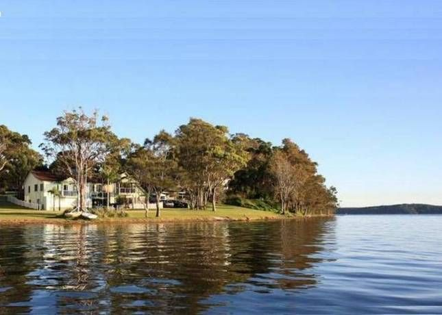 The Diamond Drill Point Experience | Lake Macquarie, NSW | Accommodation