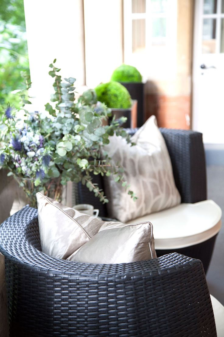 Parkside II | Balcony with Hyde Park View | JHR Interiors